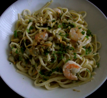 Linguine with White Clam Sauce - Meals In A Hurry